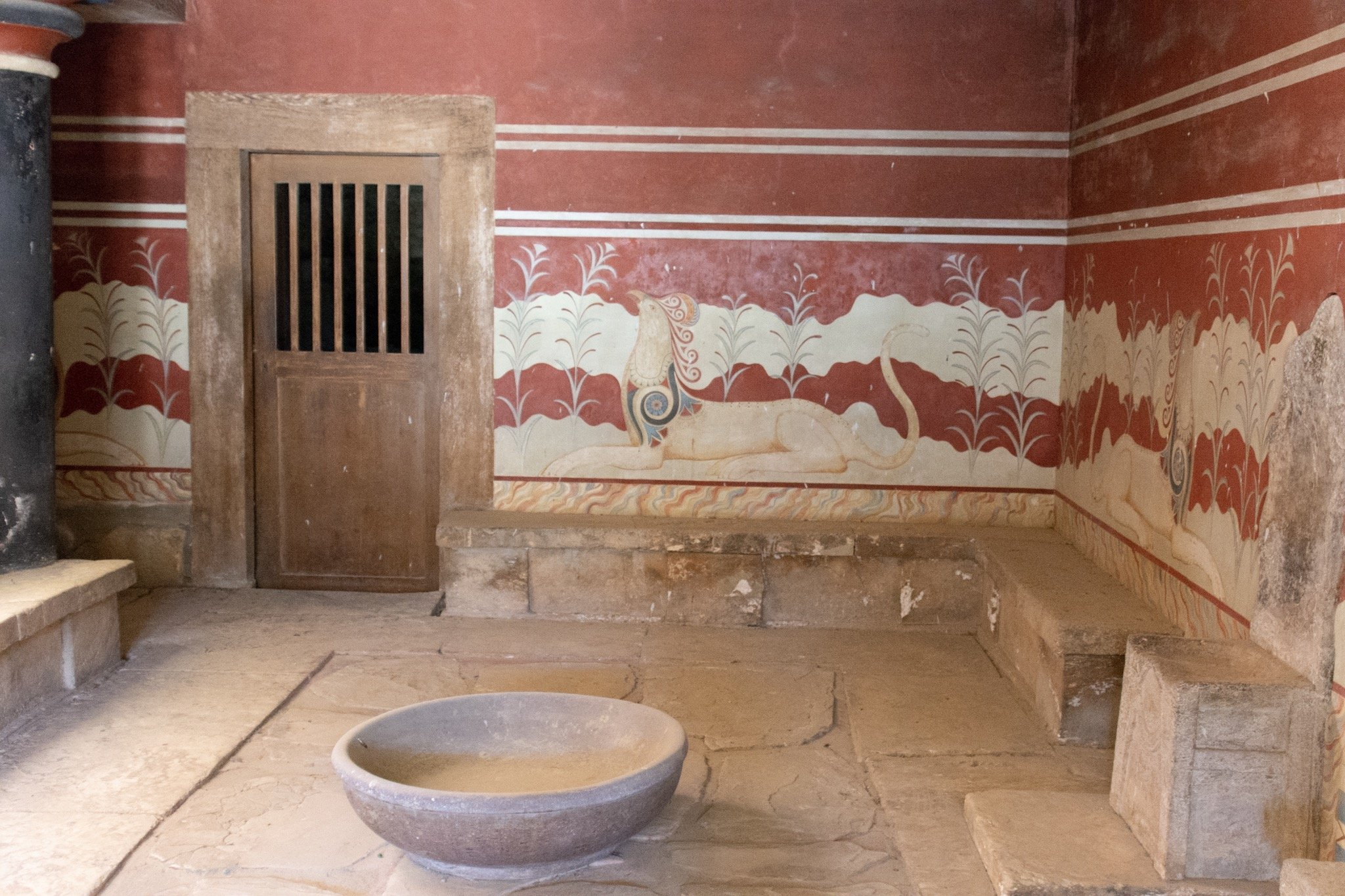 Throne Room in the Minoan Palace